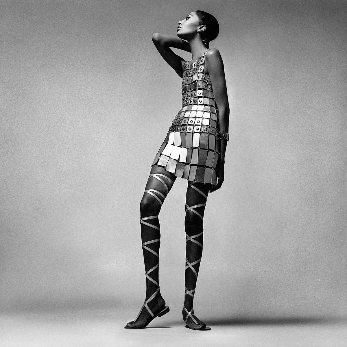 Donyale Luna in Paco Rabanne, 1966 | photo: Richard Avedon