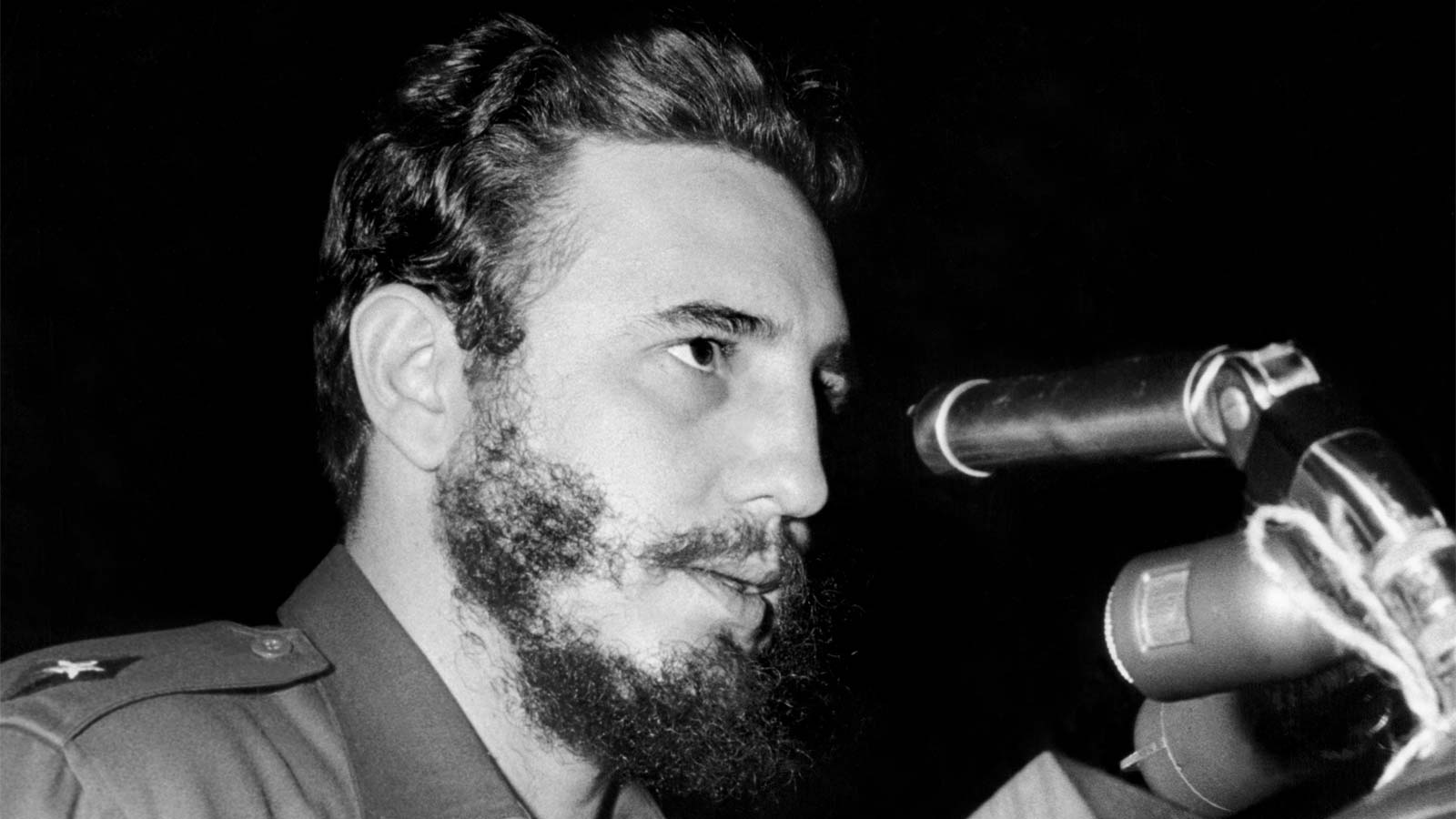 Fidel Castro addresses delegates of the General Assembly of the United Nations in a four-hour long speech, 26 September 1960