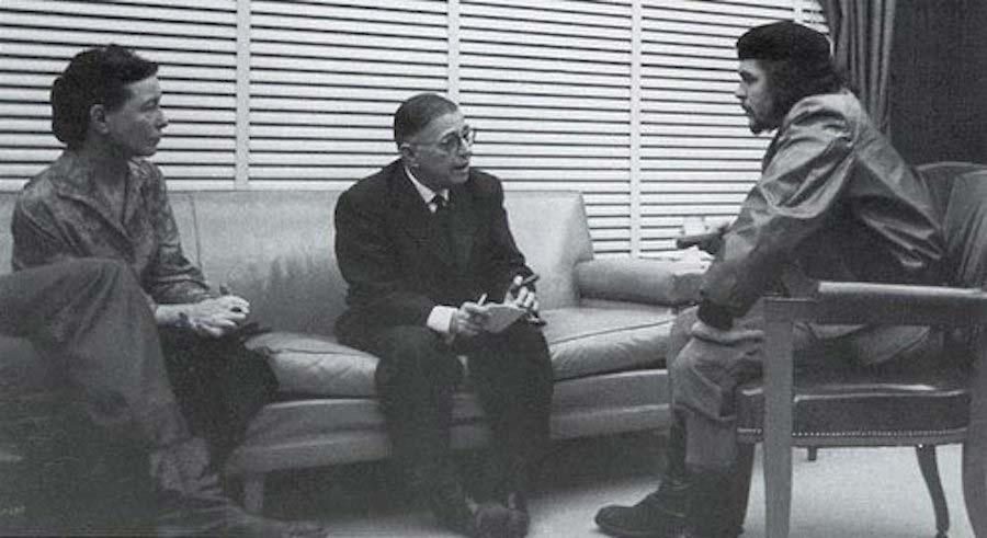 De Beauvoir and Sartre meet Che Guevara on their trip | source: Wikimedia Commons