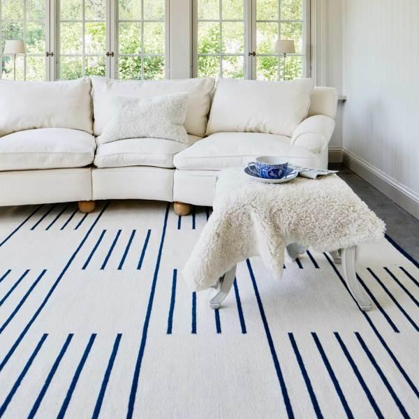Alfombra de lana Classic Cream Blue de Nordic Knots