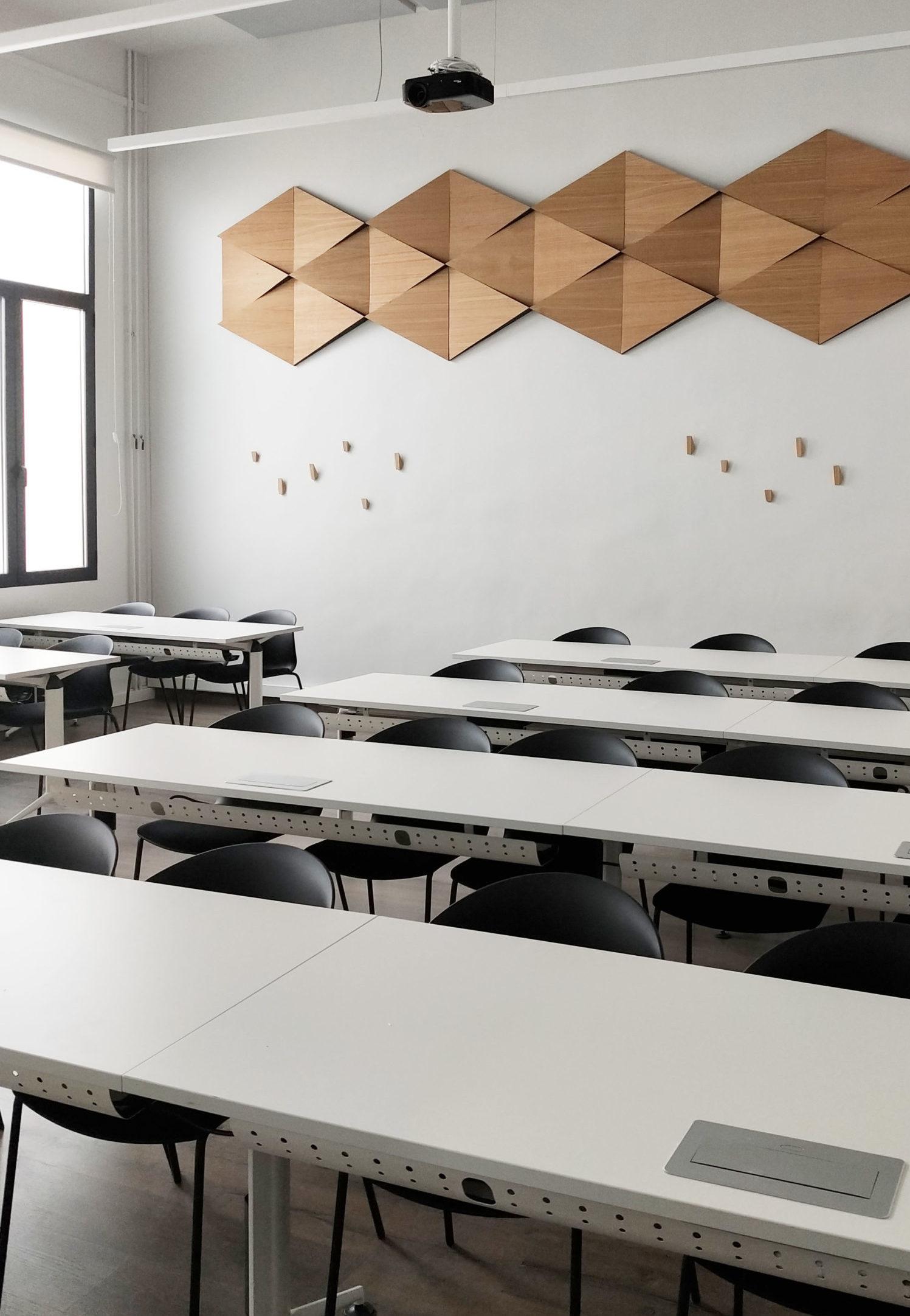 aula de un proyecto de reforma y diseño de interiores de Deleite Design