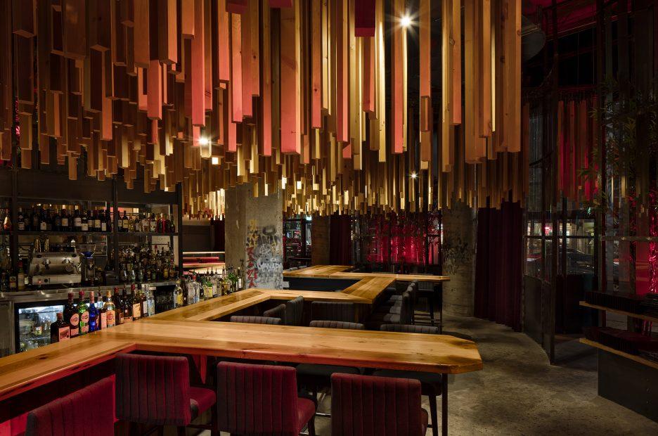 Ganadara Bar Jean De Lessard