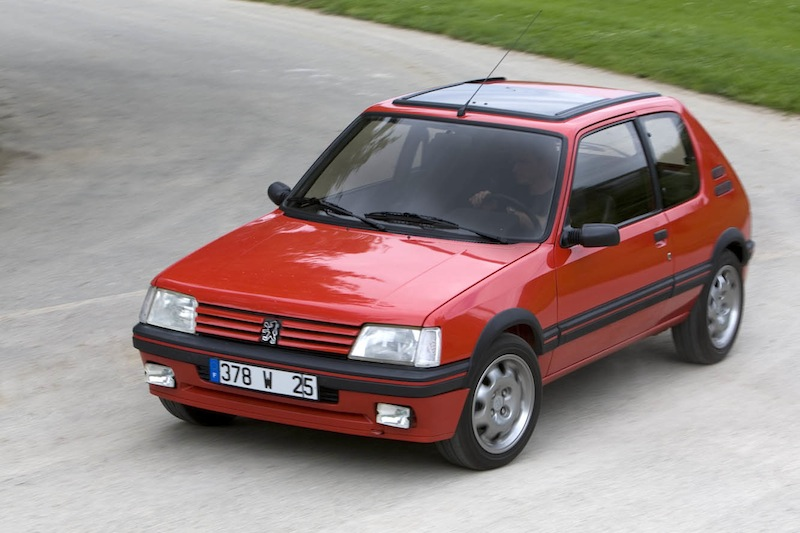 Peugeot_205_GTI_001
