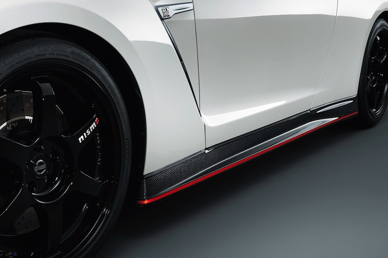 600-hp-nissan-gt-r-nismo-officially-reveal-photo-gallery-1080p-6