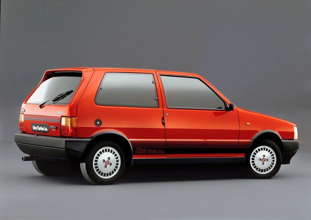 ob_1992a18fa976ff802cfe172b38aa5373_fiat-uno-turbo