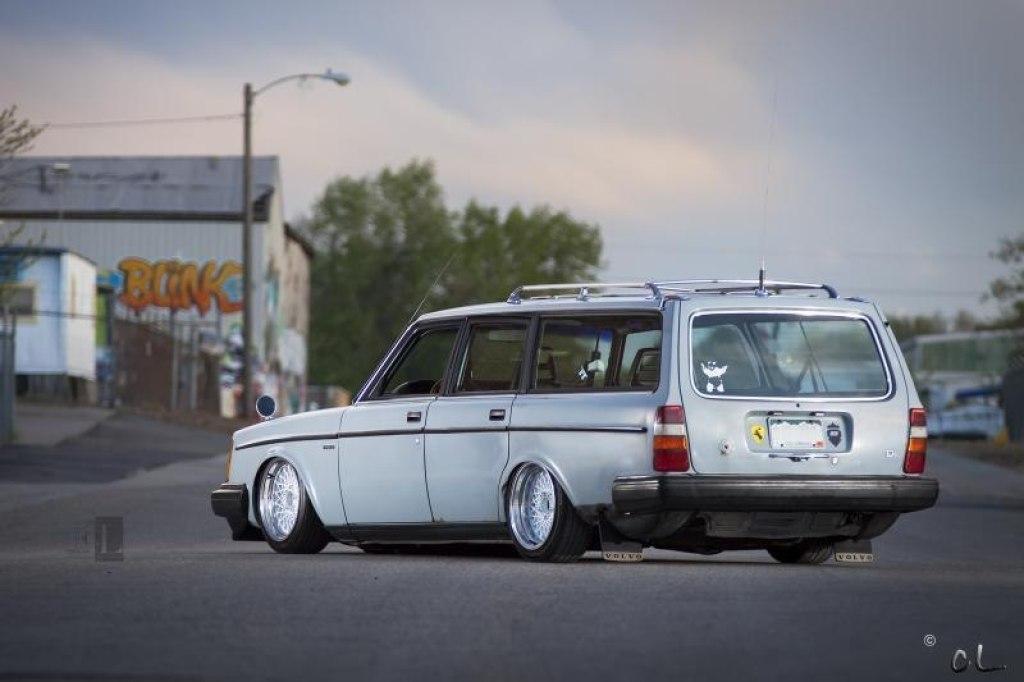 Low Volvo 240 … Turbobrick en Airlift Arrière