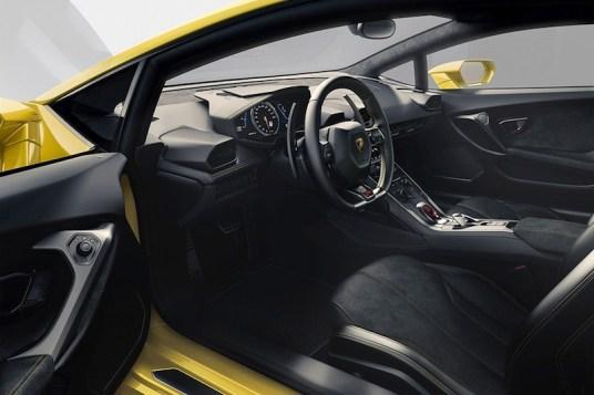 nouvelle-Lamborghini-Huracaninterieur