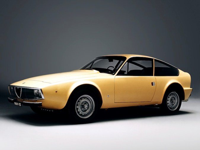 Alfa-Romeo-GT-1300-Junior-Z-1969–1972-2