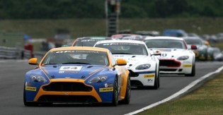 DLEDMV_aston_martin_racing_40