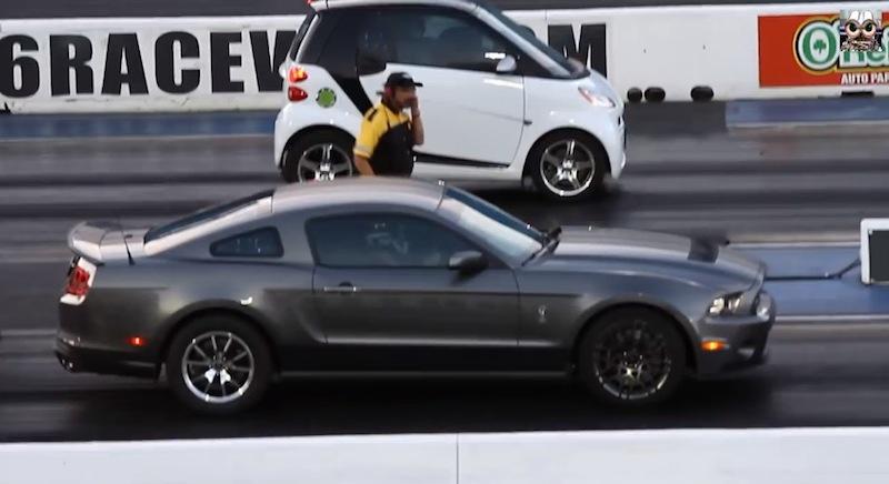 DLEDMV_Smart_vs_Mustang