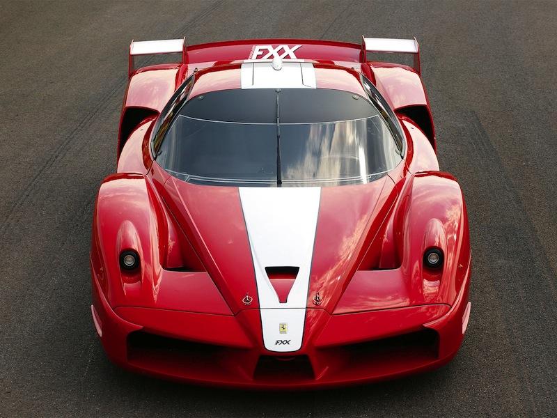 DLEDMV_Ferrari_FXX_enDolby_Face