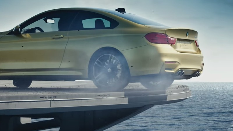 DLEDMV_BMW_M4_PorteAvion_Smoke