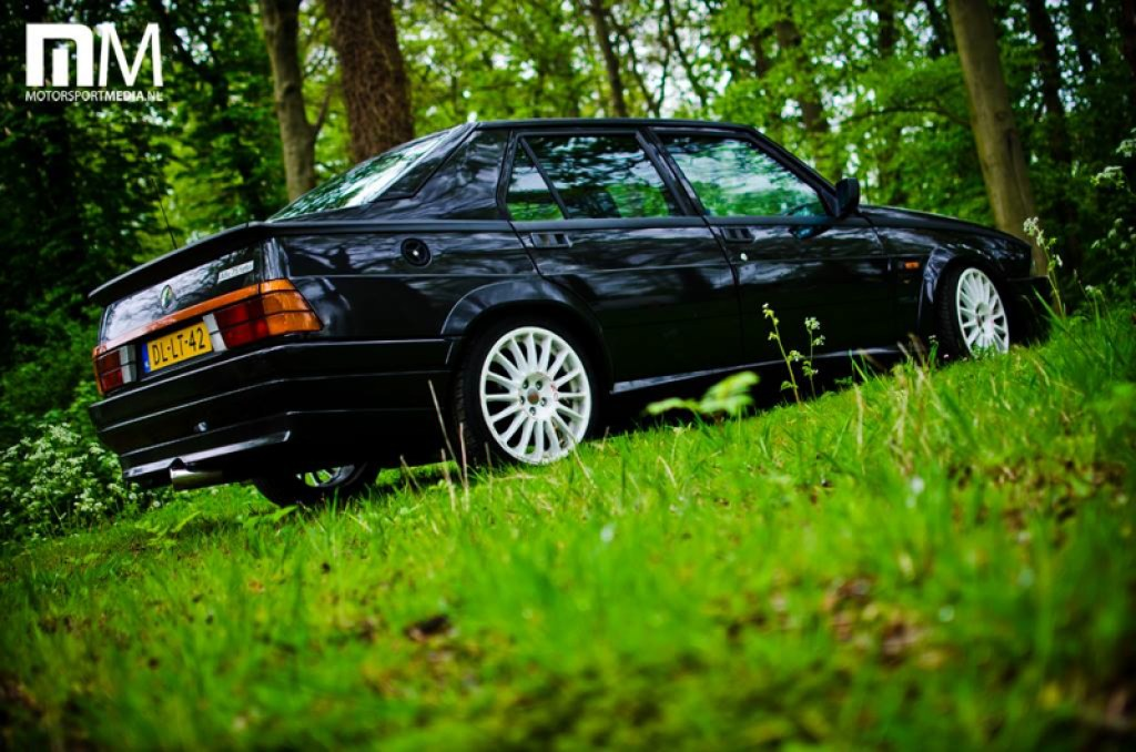 DLEDMV_Alfa_75_Turbo_Black_001