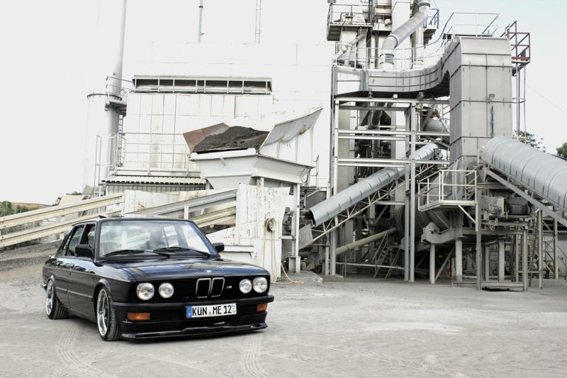 DLEDMV_BMW_520i_E28_Kingsofcruisin_002