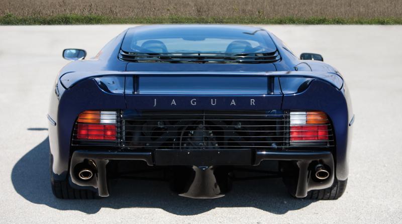 DLEDMV_JaguarXJ220_Official_002