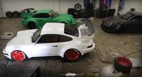 DLEDMV_Porsche_964_RWB_Donut_008