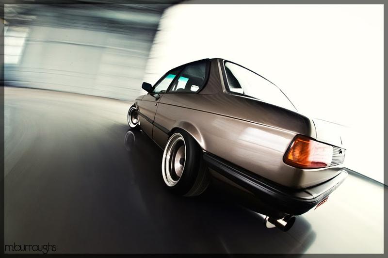 DLEDMV_BMW_E21_ChocolateChip_Machete_001