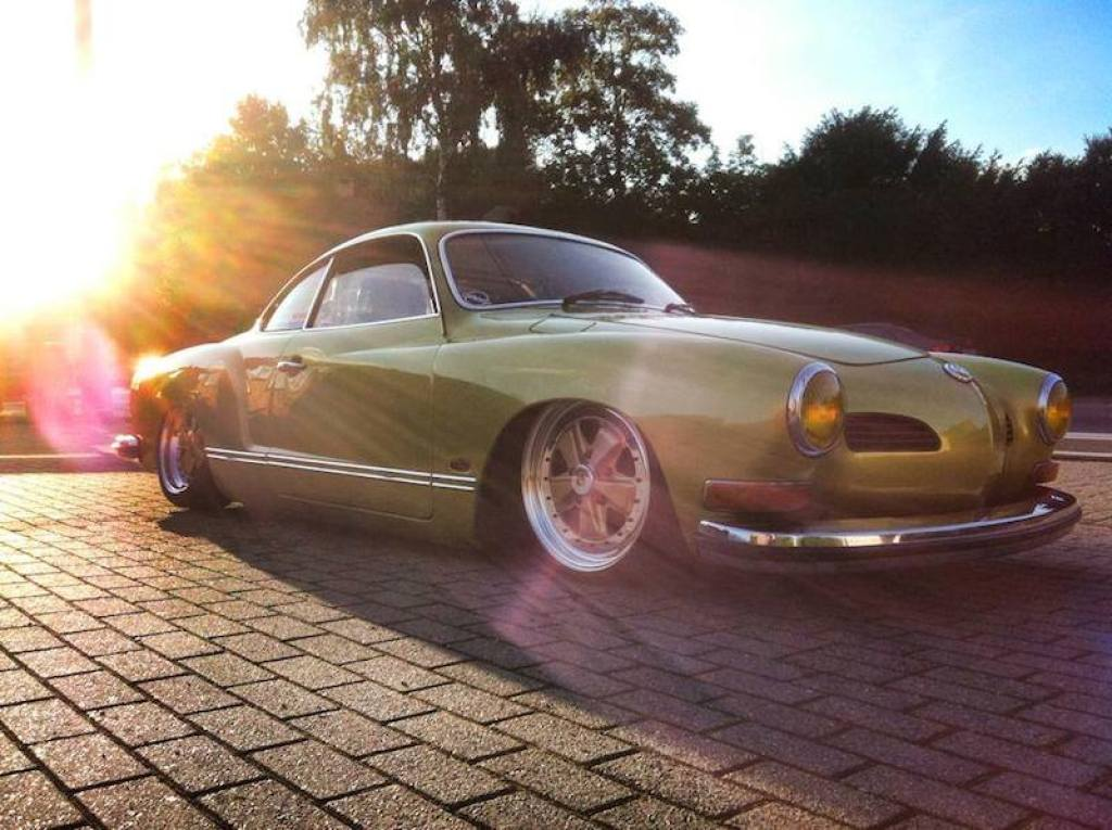 DLEDMV VW Karmann Ghia Golden Fuchs00