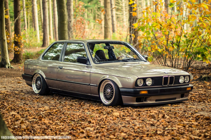 DLEDMV BMW Série 3 E30 BBS + Airlift 002