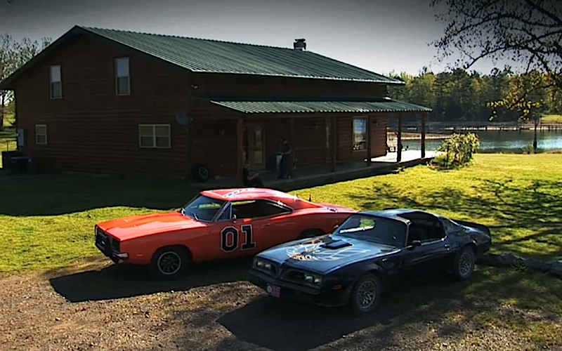 DLEDMV Charger General Lee vs Firebird Bandit 001