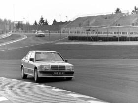 DLEDMV Mercedes 190 2,3 16 race 84 004