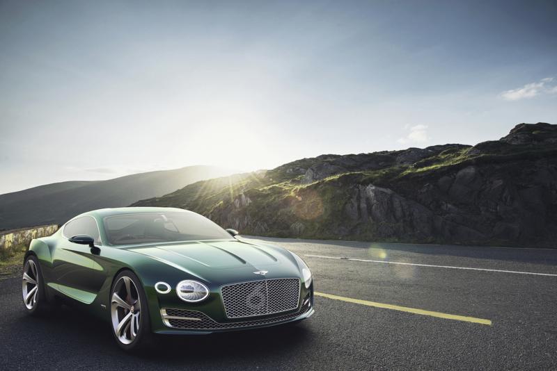 DLEDMV Genève 2015 Bentley EXP10 Speed6 04