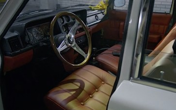 DLEDMV Volvo 245 California airride 03