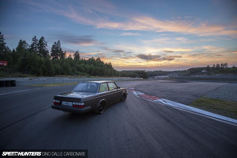 DLEDMV - Volvo 242 Swapped V10 BMW M5 - 13