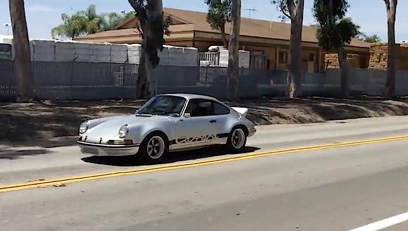 DLEDMV - Porsche 911 RSR restomod Autokennel - 05