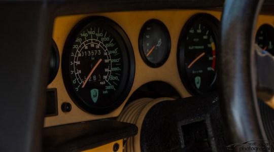 DLEDMV - Countach interior - 01