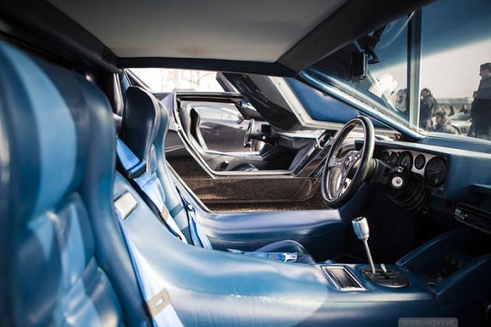DLEDMV - Countach interior - 04