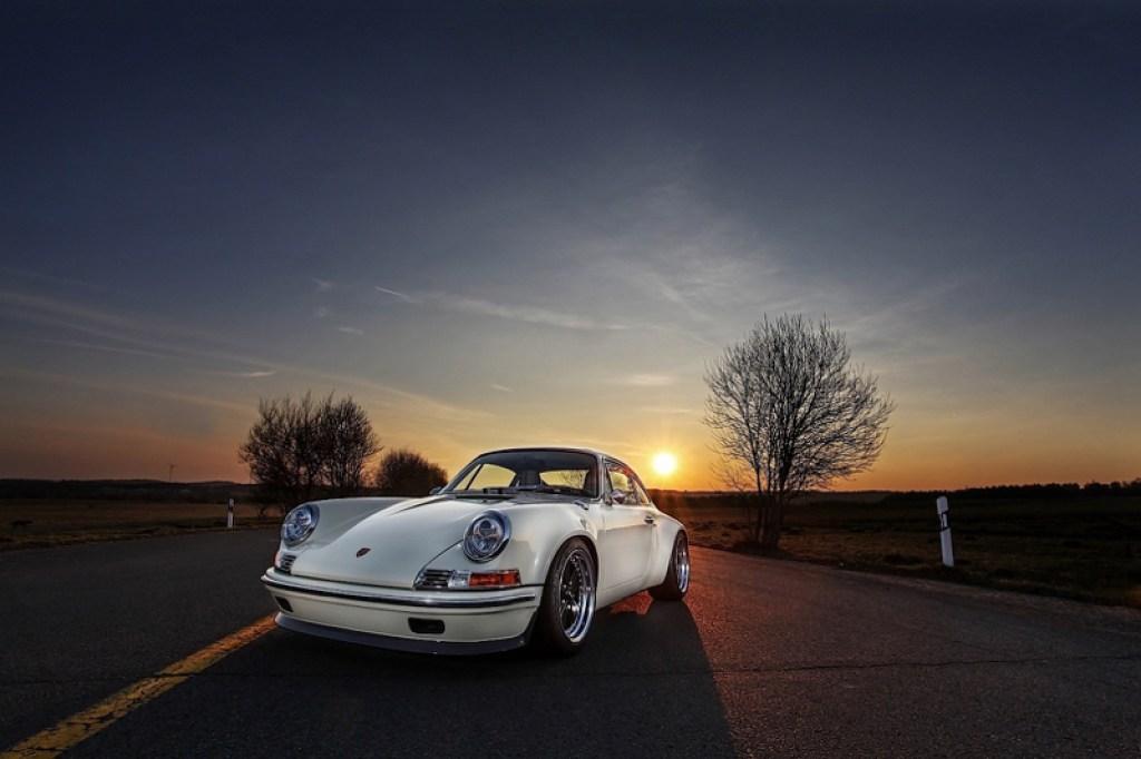DLEDMV - Porsche 911 Kaege Restomod - 27