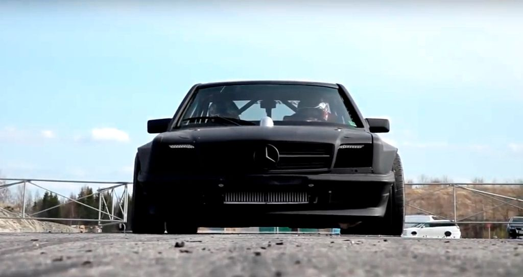DLEDMV - Mercos C126 biturbo drift - 01