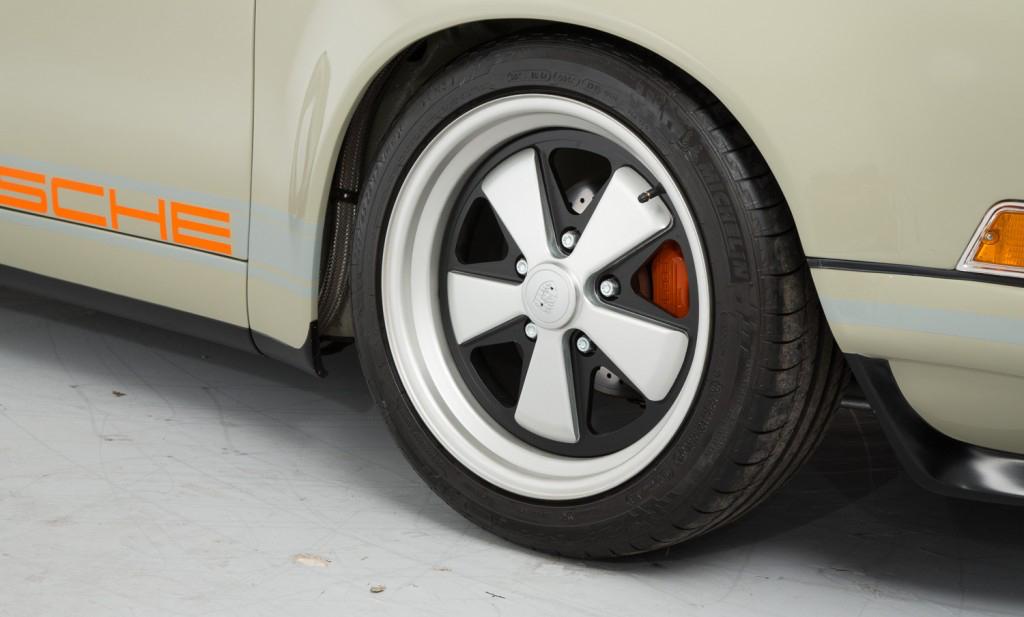 DLEDMV - Porsche 911 SC by Theon - 13