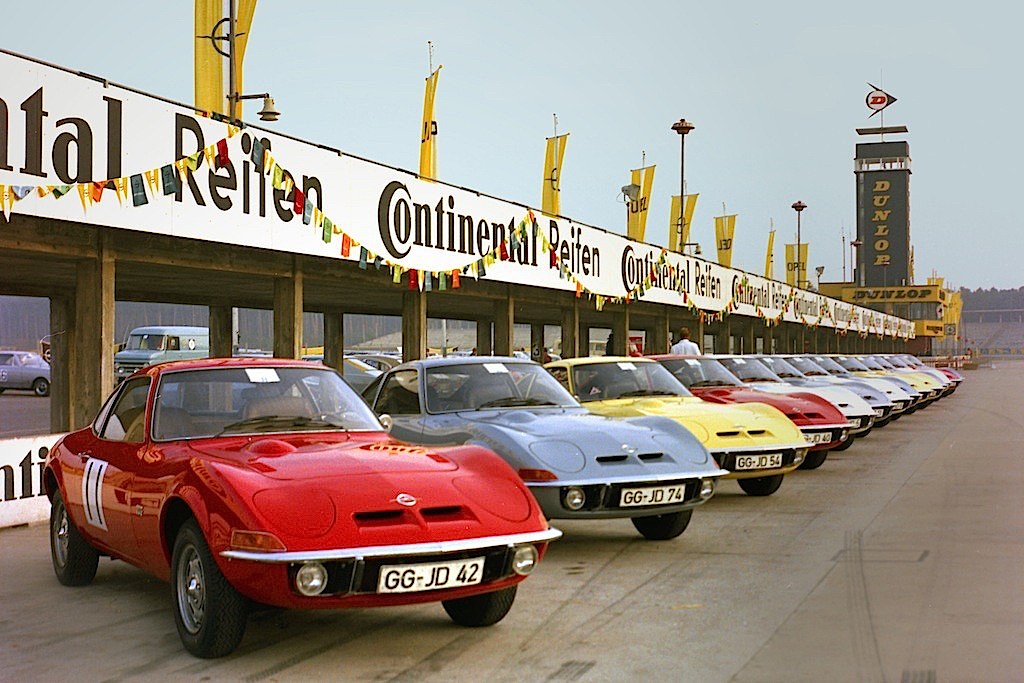 DLEDMV - Opel GT race - 02