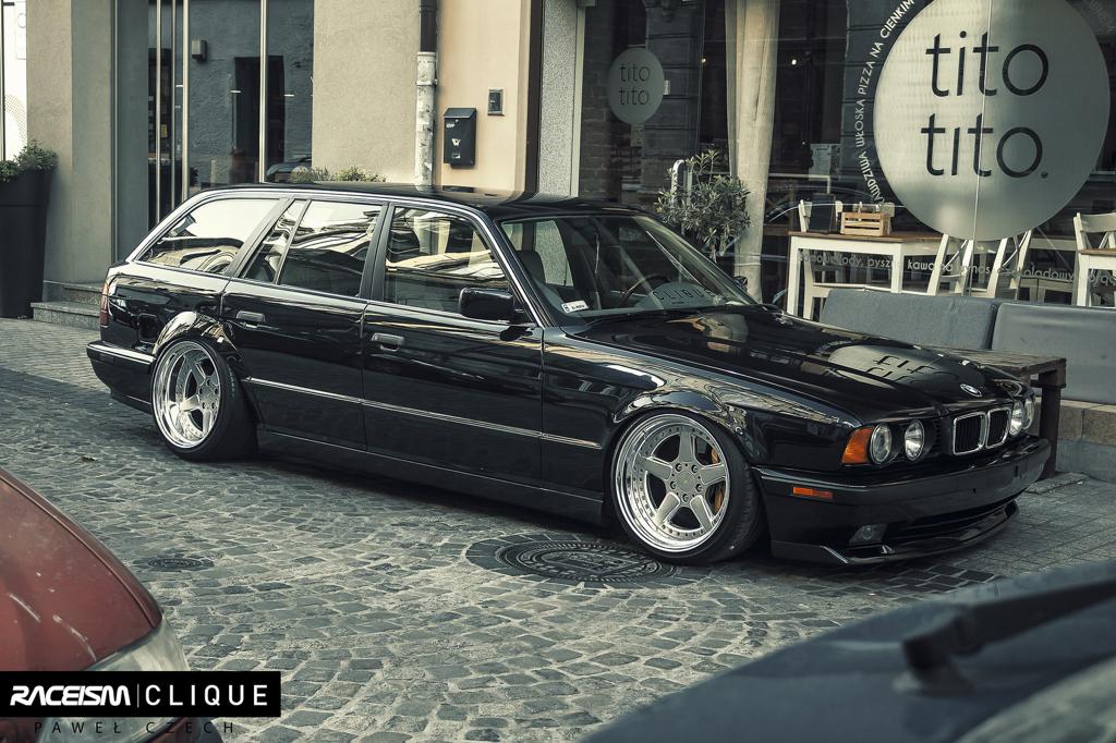 DLEDMV - BMW E34 Touring Slammed - 10