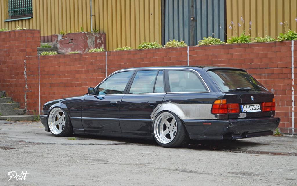 DLEDMV - BMW E34 Touring Slammed - 14