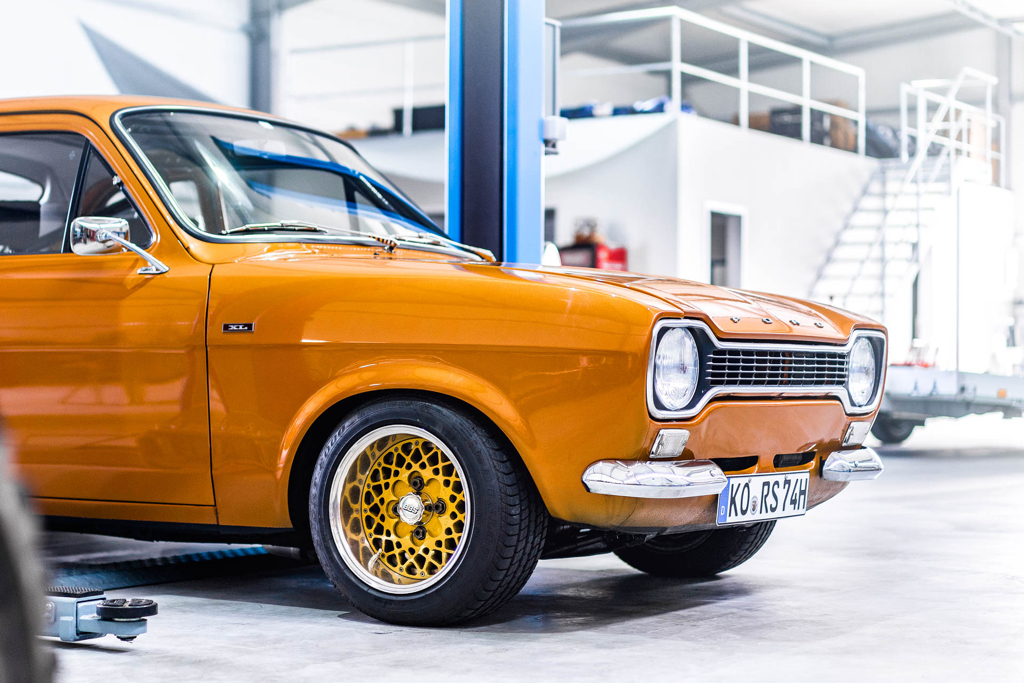 DLEDMV - Ford Escort RS2000 MK1 Restomod -10