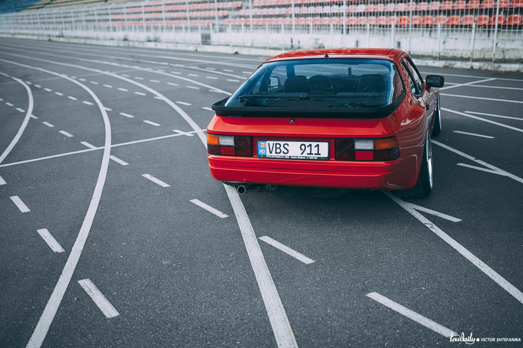 dledmv-porsche-944-air-ride-work-21