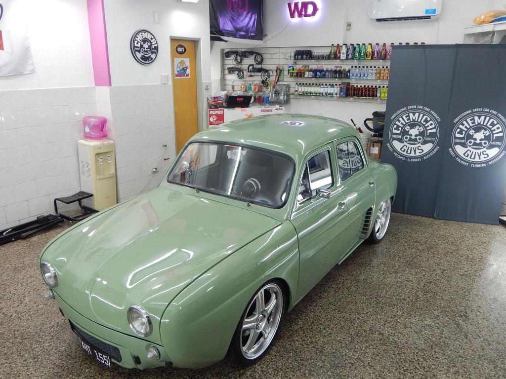 Renault Dauphine ou plutôt IKA Gordini Turbo... Ay Caramba ! 7