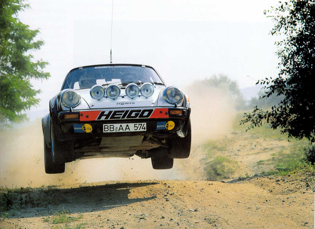 Porsche 911 Gr4 - Monte le son et change de caleçon ! 16