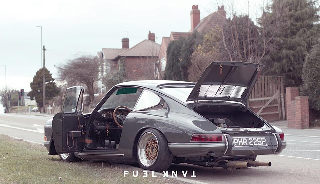 '68 Porsche 911 T Custom... London Outlaw ! 32