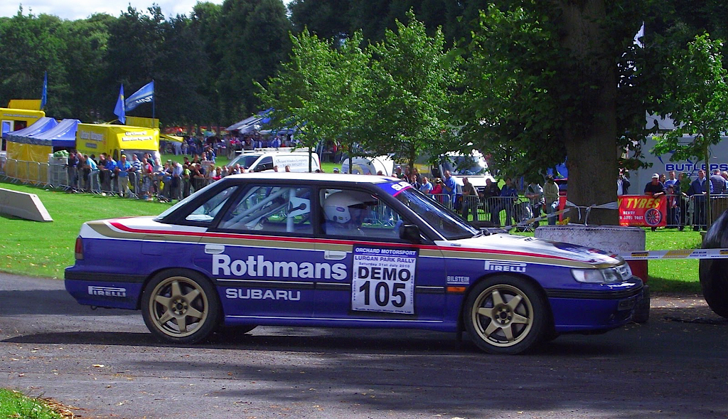 Subaru Legacy WRC... avec un certain Colin McRae 34