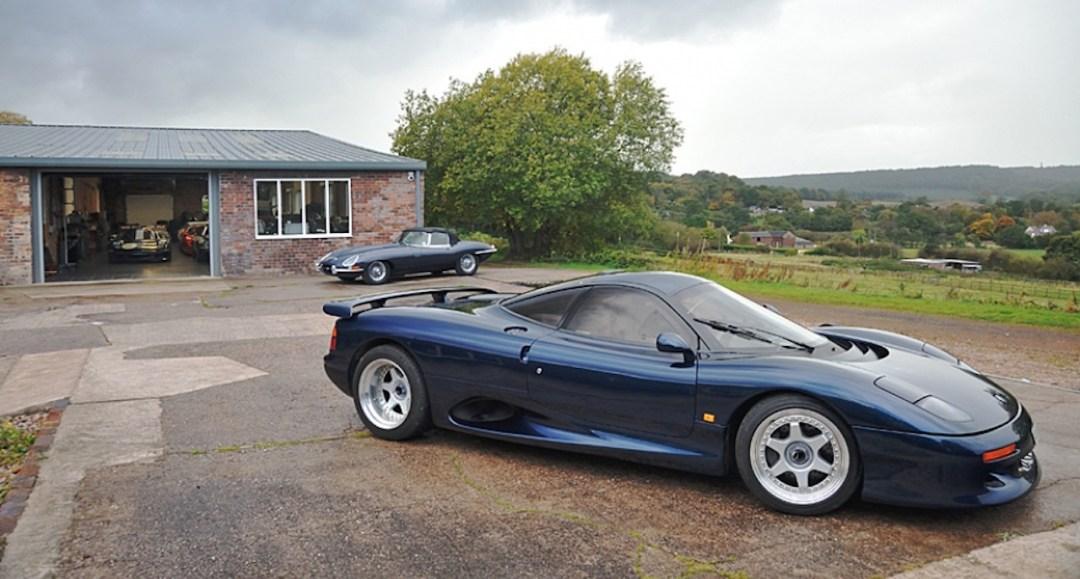 Jaguar XJR15 : De la piste à la route... 42