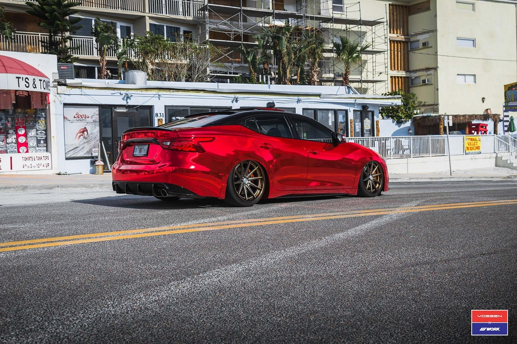 "Nissan Maxima Vossen - ""Red Chrome Bandit"" 18"