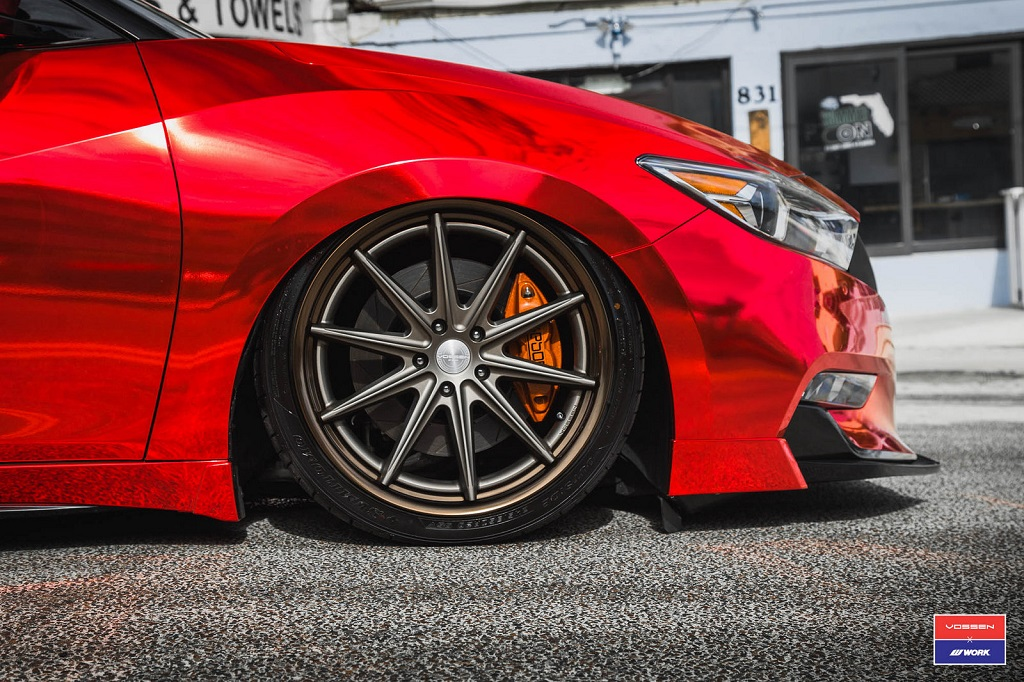 "Nissan Maxima Vossen - ""Red Chrome Bandit"" 20"