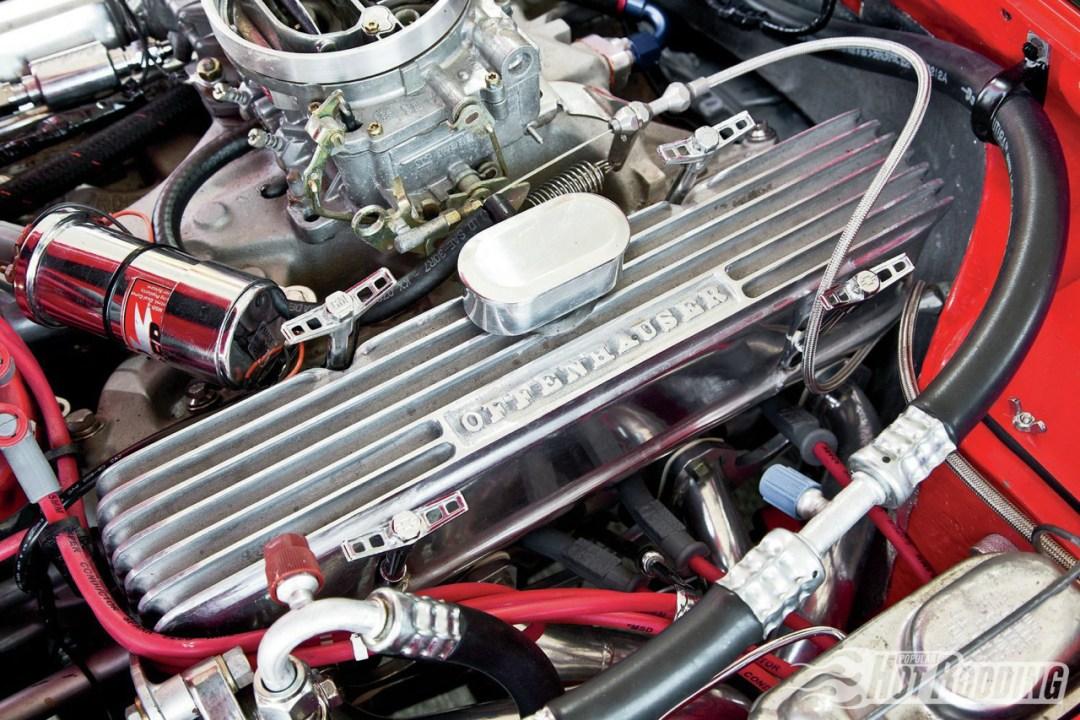 Opel GT... En V8, elle n'a jamais autant ressemblé à la Corvette ! 38