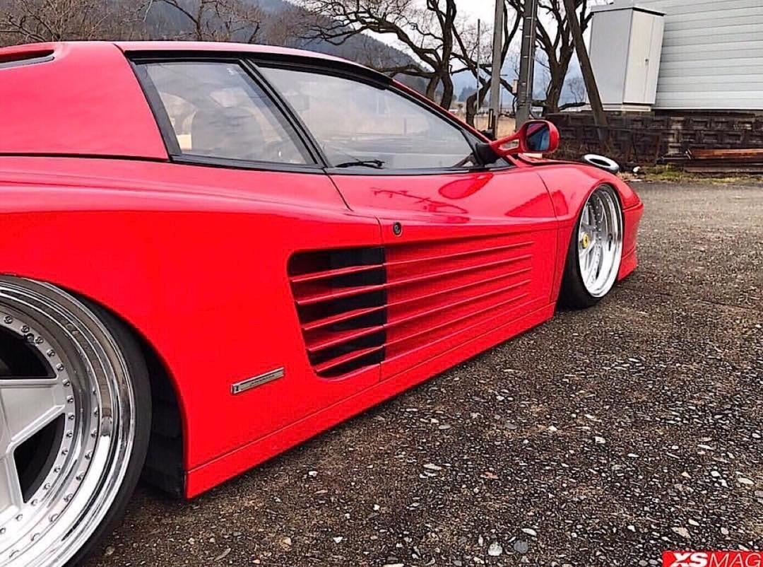 Ferrari Testarossa... Aïe, ça va encore piquer ! 45