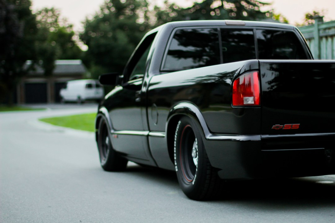 Chevy S-10 : Black SS 24