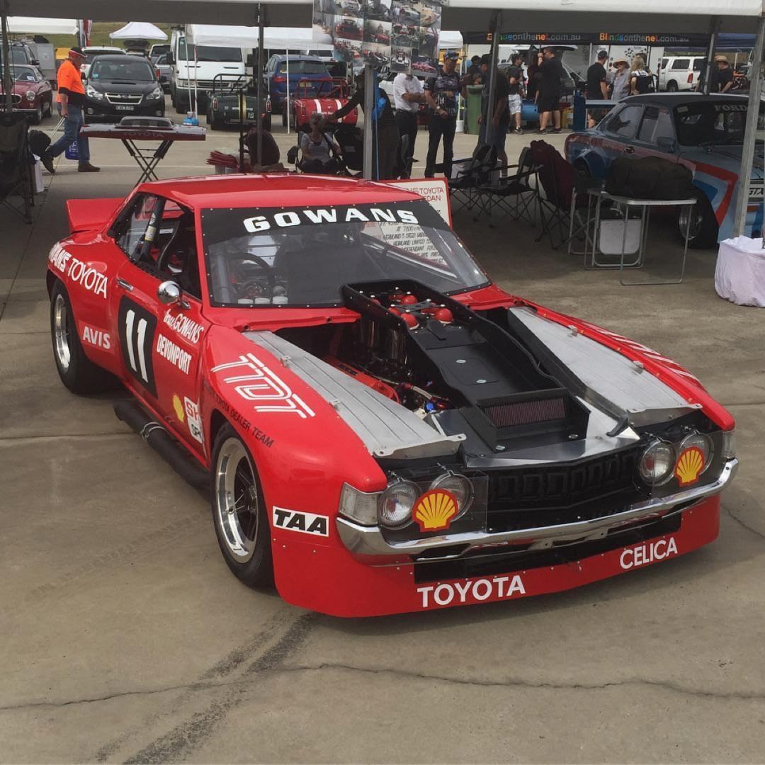 Bruce Gowans Toyota Celica - Avec un V8 Repco 24
